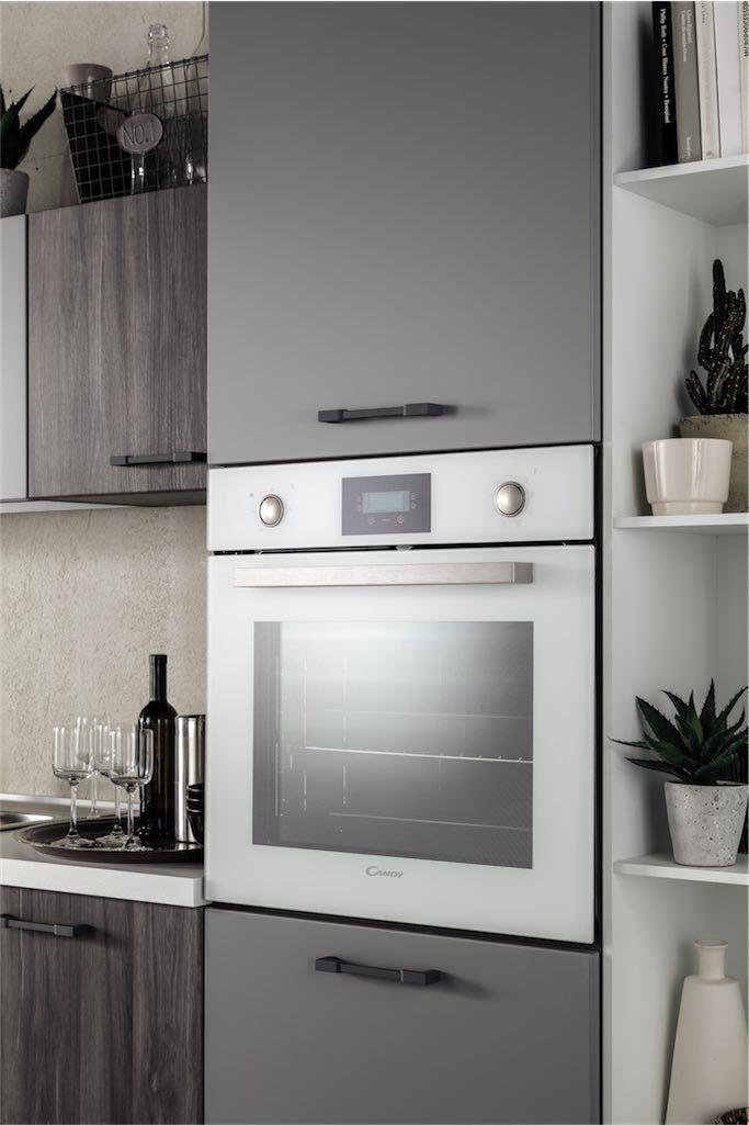 Cucina moderna Cloe con 9 colori in molteplici abbinamenti possibili ...