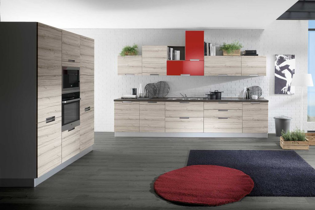 Cucina Moderna Smile con finitura rovere corda e rosso lucido