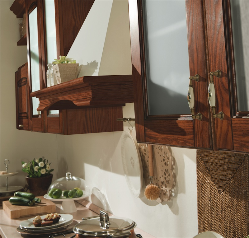 Cucina classica Bea, elegante geometria disponibile in 4 ...