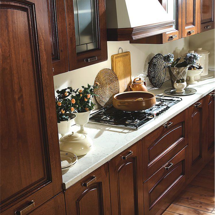 Cucina Classica Ninfa particolare zona cottura con cappa Rustic