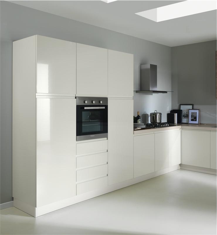 Cucina moderna Kelly in una soluzione armonica di moduli ...