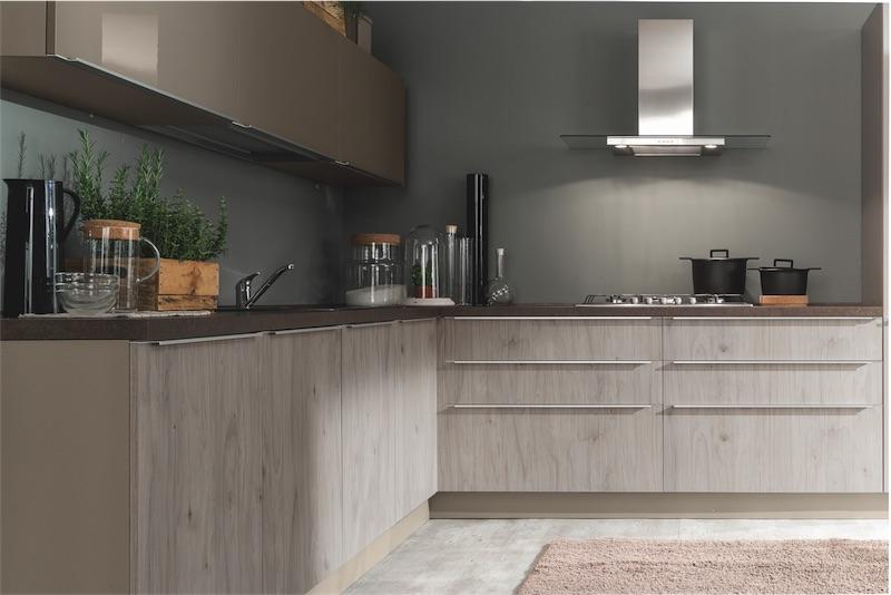Cucina moderna Mia, moduli ben progettati per sfruttare gli ...