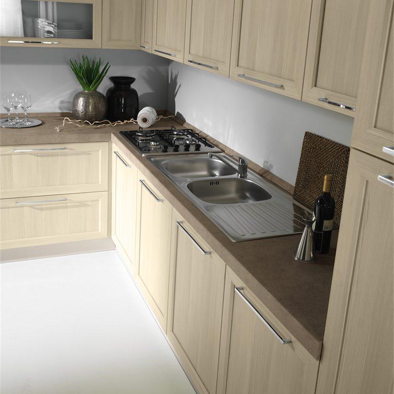 Cucina moderna Patty particolare angolo composizione in larice sbiancato