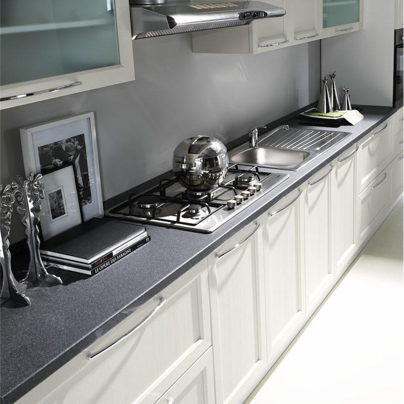 Cucina moderna Patty particolare composizione attrezzata con aree operative